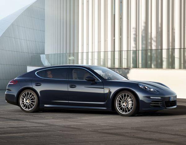 Porsche Panamera Executive 2013 satışa sunuldu
