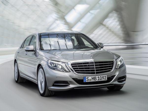 Yeni 2013 Mercedes-Benz S-Serisi 580.000 TL baz fiyatla satışa sunuldu