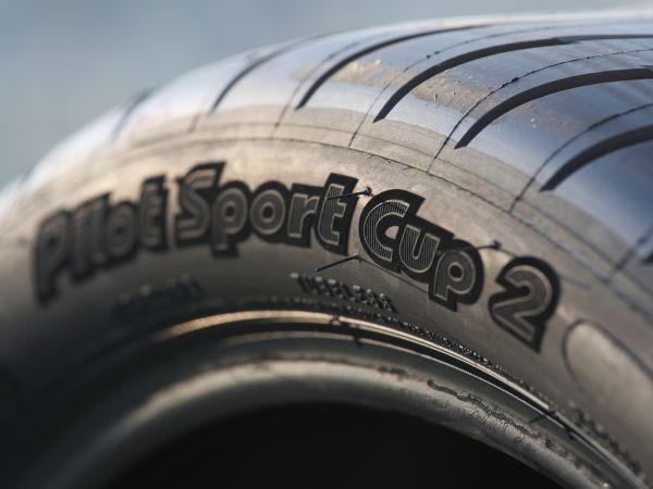 Porsche 918 Spyder Michelin Pilot Sport Cup 2 lastiklerle yola çıkacak