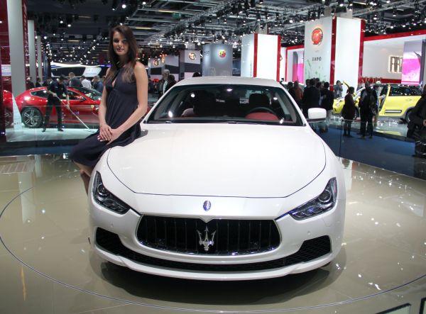 Yeni Maserati Ghibli 2013 Frankfurt Otomobil Fuarı videosu