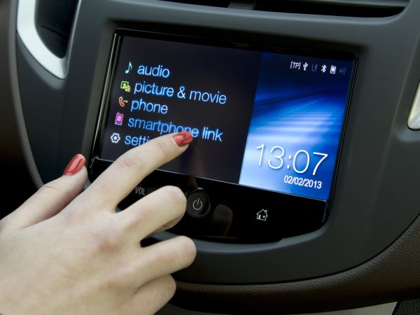 Chevrolet MyLink Smartbest 2013 ödülünü aldı