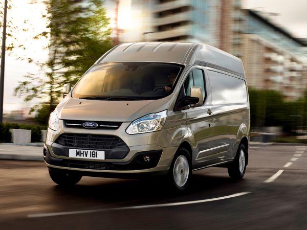 Orta Tavanlı Ford Transit Custom Van 49.900 TL baz fiyatla satışta