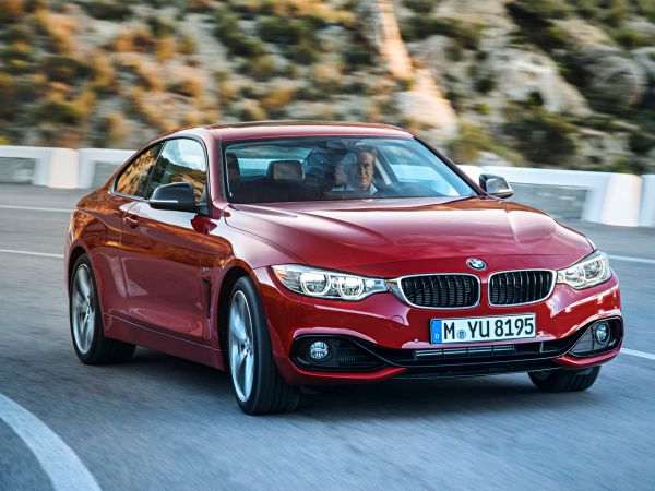 BMW 420d Coupe ve 428i xDrive Coupe satışa sunuluyor