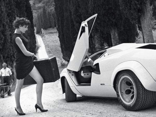 Pirelli takvimi'nin 50'nci yaş videosu