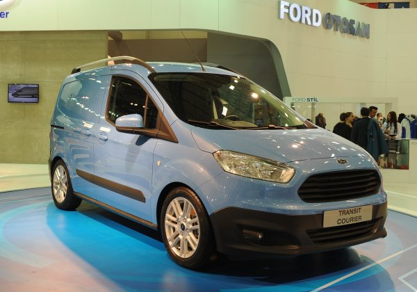 Yeni Ford Tourneo –Transit Courier 2014