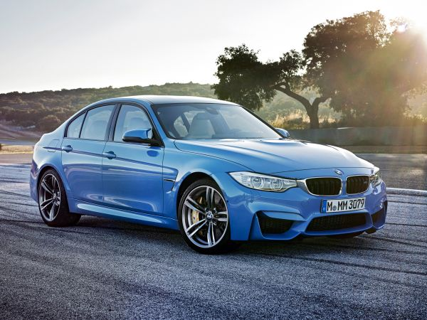 Yeni BMW M3 Sedan 2014 videosu