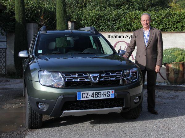 Yeni yüzlü 2014 Dacia Duster Türkiye fiyat listesi açıklandı