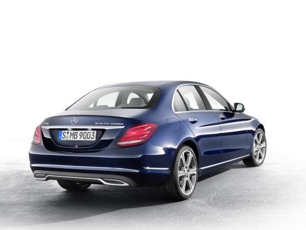 Yeni Mercedes-Benz C Serisi 2014 video