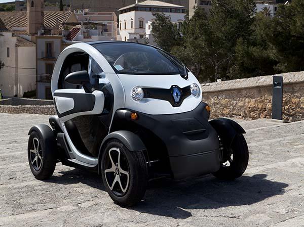 Renault Twizy 13.700 Euro fiyatla Türkiye'de