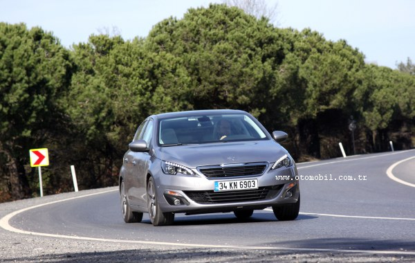 Yeni (2014) Peugeot 308 1.6 THP 156 HP video test (0-100 km/h, 100-0 km/h)