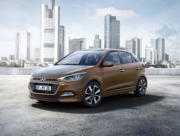 Yeni Hyundai i20 2014 yüzünü gösterdi