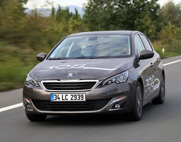Yeni Peugeot 308 1.2 PureTech bir depoyla 1718 km yaptı