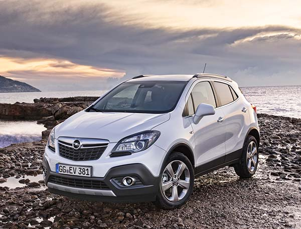 yeni 2015 opel mokka 1 6 dizel otomatik sat a sunuluyor otomobil. Black Bedroom Furniture Sets. Home Design Ideas