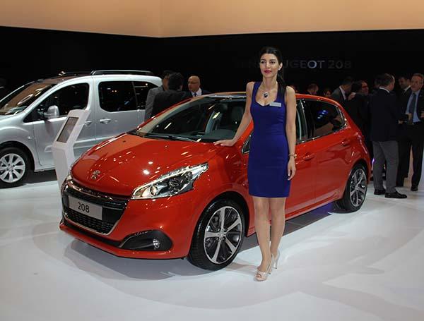 Yeni yüzlü Peugeot 208 İstanbul Autoshow 2015'te tanıtıldı