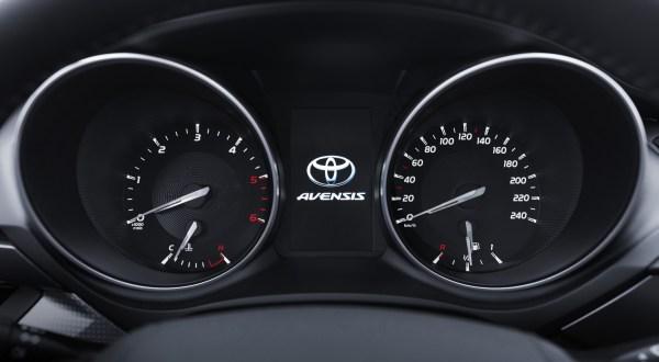 Yeni_Toyota_Avensis_1.6_D-4D_2015 (8)