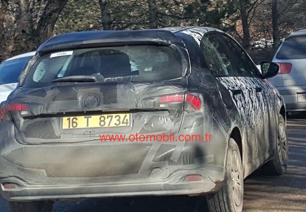 Fiat Egea Hatchback 2016 Test 02