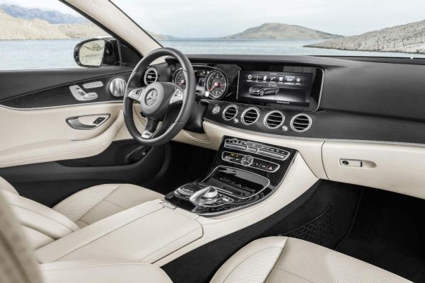 Yeni_Mercedes-Benz_E_Serisi_ic_mekan