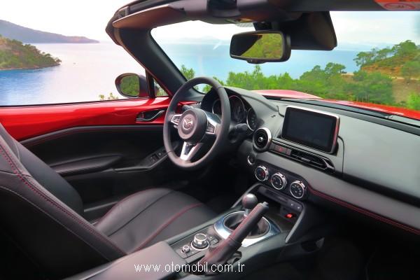 2016_Mazda_MX-5