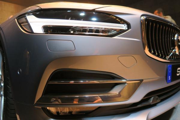 Volvo_S90_Thors_Hammer