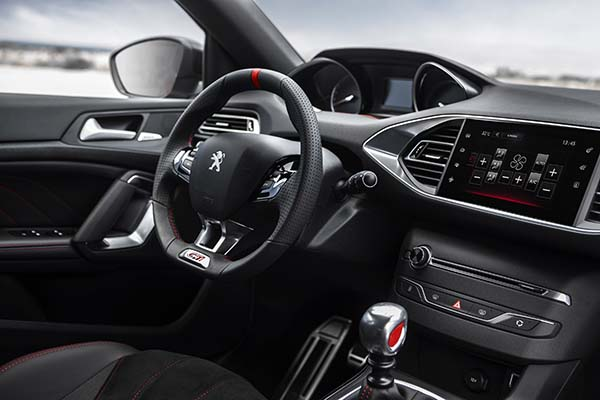 Yeni Peugeot 308 GTi 2016 modeli