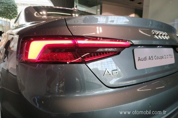 Yeni_Audi_A5_Coupe_stop