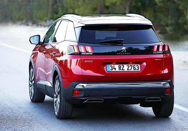 Yeni 2017 Peugeot 3008 modeli